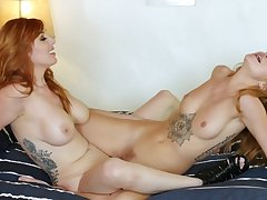 Super kinky lezzie romance with her mommy