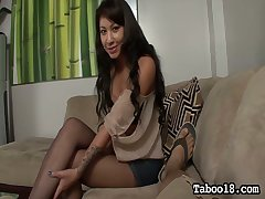 Whorish chick Ezmie Lee gives the best forever footjob and blowjob to her new buyer