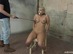 Torture session there curvy amateur chick Daisy Lee and a dominant dude