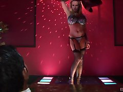 Stripped Diana Gold far stockings takes money to give her muddy cunt