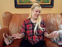 amateur mummy Nikki artful anal porn video